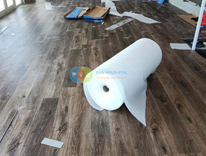 Thi công sàn nhựa hèm khóa tại khách sạn Công Đoàn