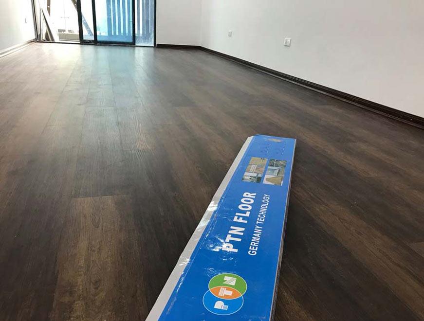 Hoàn thiện dự án thi công sàn nhựa hèm khóa tại chung cư cao cấp 47 Nguyễn Tuân