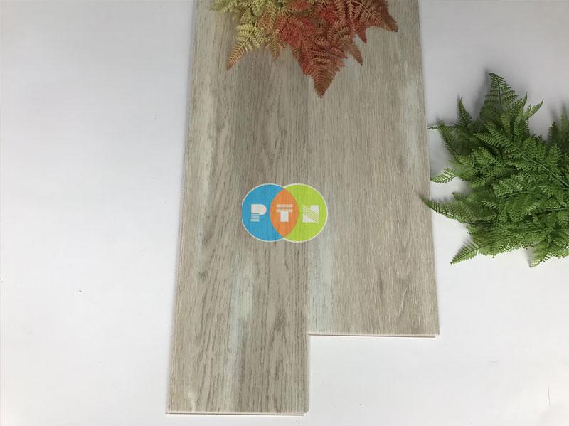 Sàn nhựa hèm khóa 8033-6