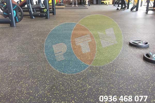 mẫu thảm cao su phòng gym